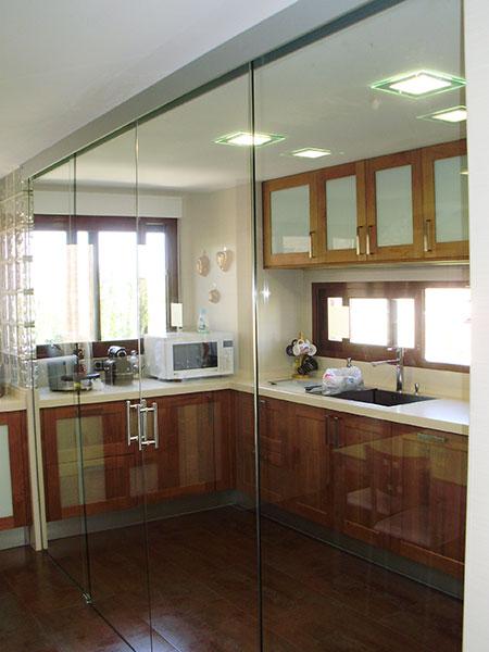 PINCEL CRISTAL - Mamparas de baño y puertas de cristal con bisagra o ...